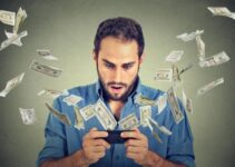 No le duró mucho: ¡Un hombre se hizo millonario y lo gasto todo en segundos!